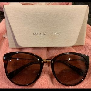 Used sunglasses Michael Kors
